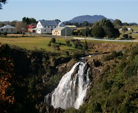 Waratah Falls - St Kilda Accommodation