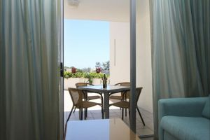 Ramada Marcoola Beach - St Kilda Accommodation