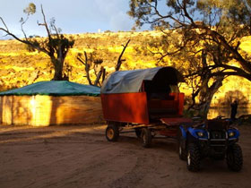 Big Bend By Night - St Kilda Accommodation