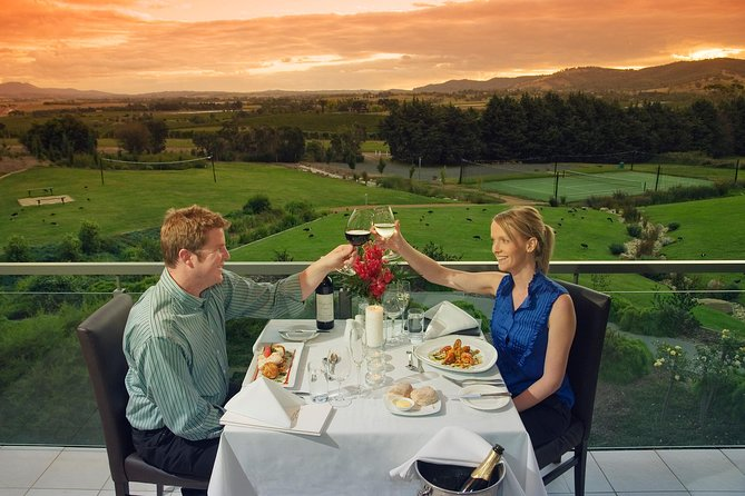 2-Day Yarra Valley Wine Tour with Luxury Vineyard Resort Stay - St Kilda Accommodation