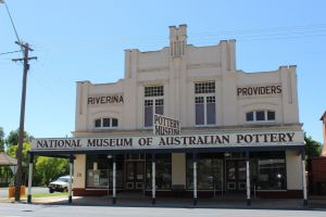 National Museum of Australian Pottery - St Kilda Accommodation