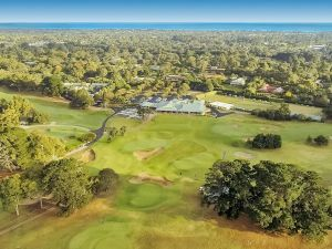 Rosebud Country Club - St Kilda Accommodation