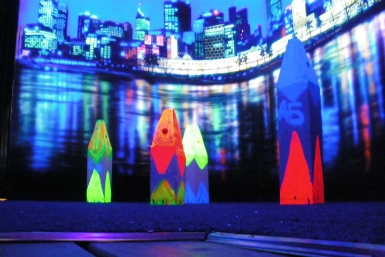 Family Fun Centres Black Light Mini Golf - St Kilda Accommodation