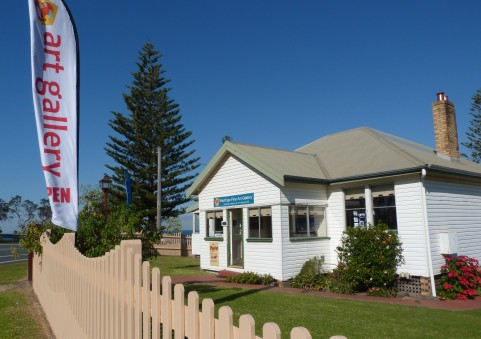 Hastings Fine Art Gallery - St Kilda Accommodation