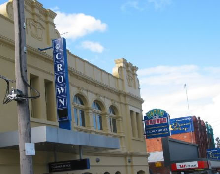 Crown Hotel Lilydale - St Kilda Accommodation