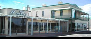 Henley Beach Hotel - St Kilda Accommodation