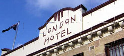 London Hotel and Restaurant - St Kilda Accommodation