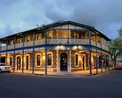 Kensington Hotel - St Kilda Accommodation