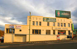 Globe Hotel - St Kilda Accommodation