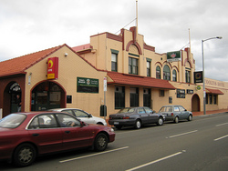 Cooley's Hotel - St Kilda Accommodation