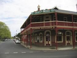 Ryans Hotel - St Kilda Accommodation