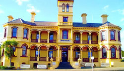 The Queenscliff Historic Royal Hotel - St Kilda Accommodation
