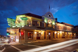 Town Hall Hotel - St Kilda Accommodation