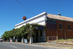 Red Hill Hotel - St Kilda Accommodation