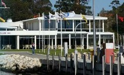 South of Perth Yacht Club - St Kilda Accommodation