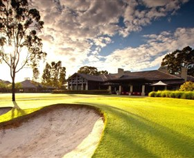 Vintage Golf Club - St Kilda Accommodation