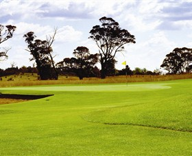 Mt Broughton Golf and Country Club - St Kilda Accommodation
