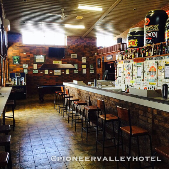 Pioneer Valley Hotel - St Kilda Accommodation