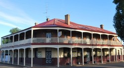 Brookton Club Hotel - St Kilda Accommodation