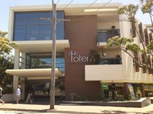 Club Totem - St Kilda Accommodation