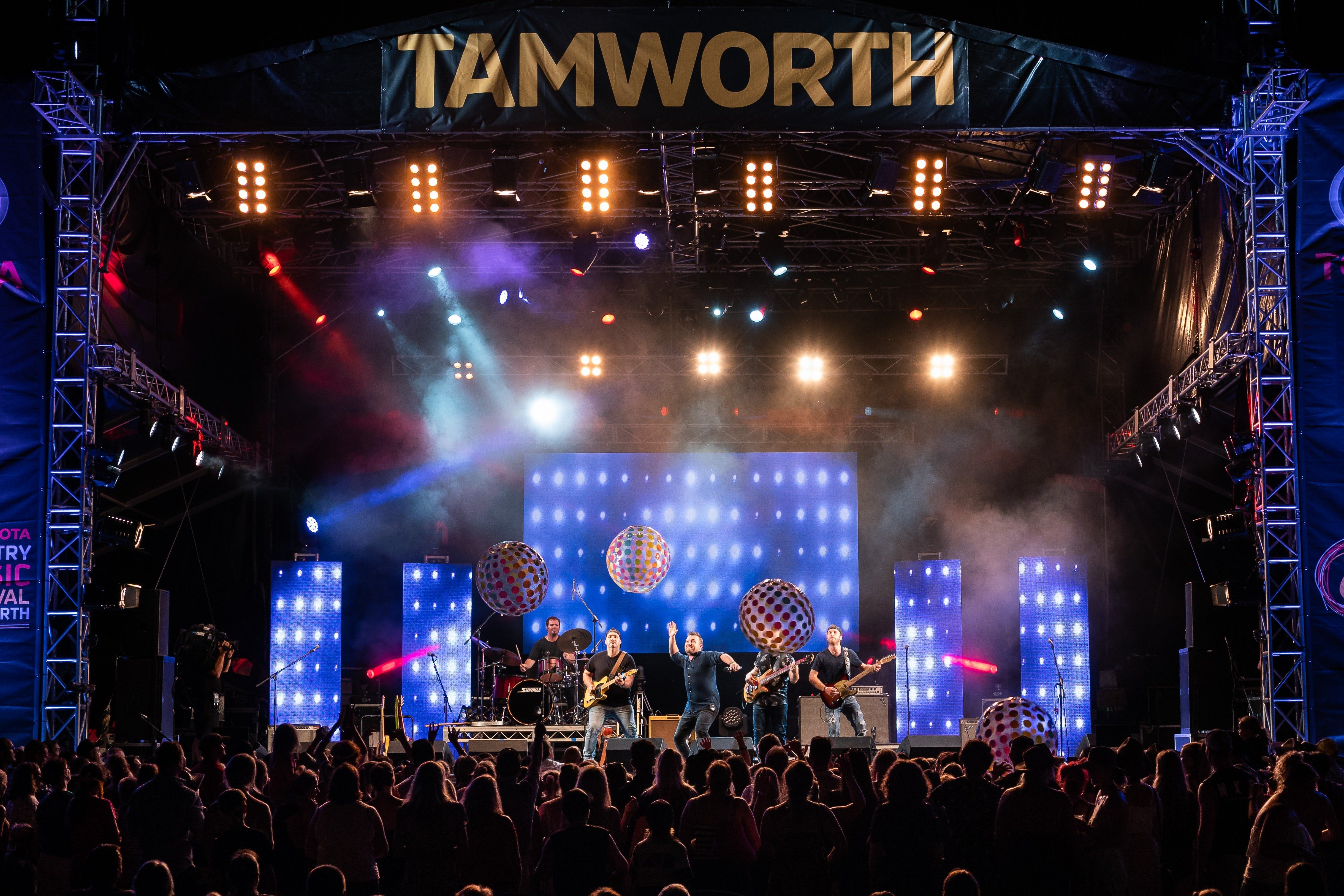 Toyota Country Music Festival Tamworth - St Kilda Accommodation
