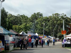 Lardner Park Market - St Kilda Accommodation