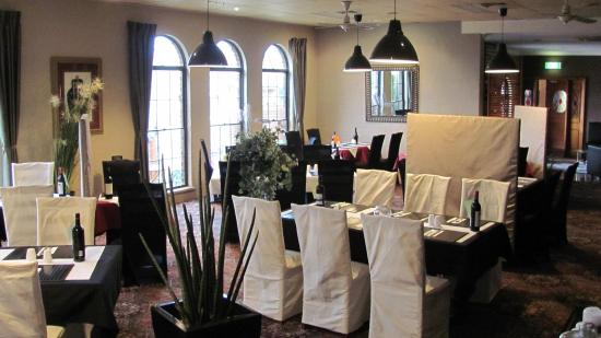 Bristol Hill Motor Inn  Licensed Restaurant - St Kilda Accommodation