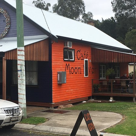 Moon River Cafe - St Kilda Accommodation