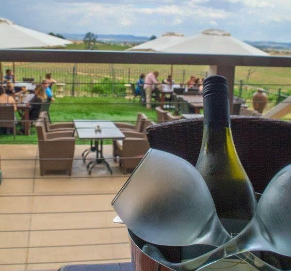 Cottontails Restaurant and Winery - St Kilda Accommodation