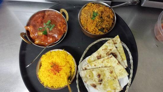 indian Tandoor House - St Kilda Accommodation