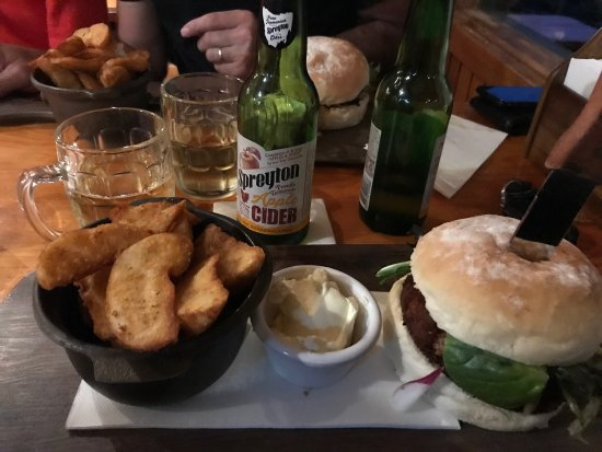 Peppers Cradle Mountain Lodge Tavern Bar  Bistro - St Kilda Accommodation