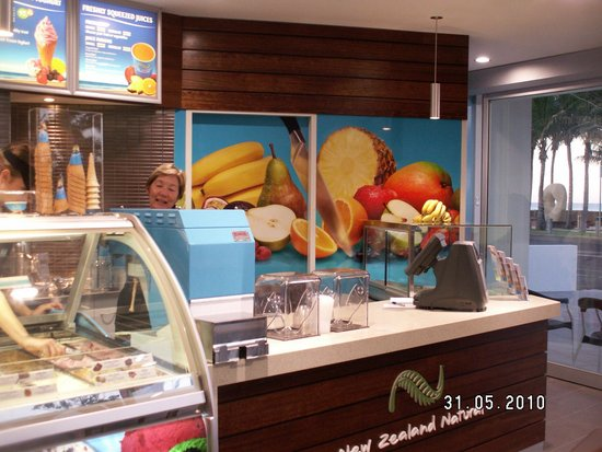 New Zealand Ice Creamery - St Kilda Accommodation