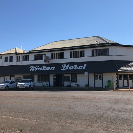 Winton Hotel - St Kilda Accommodation