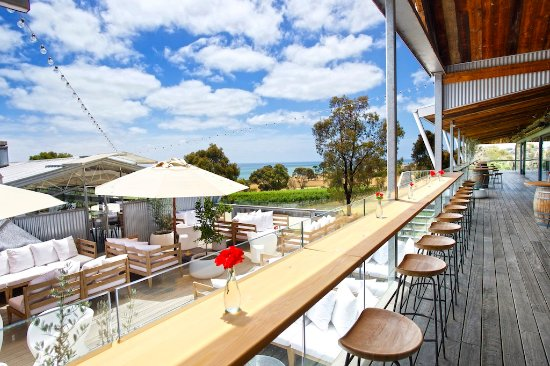The Deck Lounge - St Kilda Accommodation