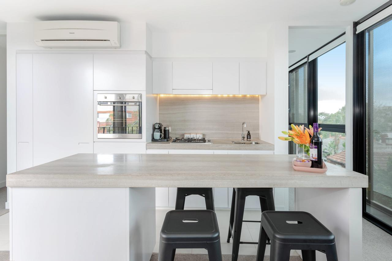 Modern Apartment in the heart of St Kilda St Kilda