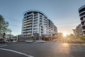 Adina Apartment Hotel Wollongong - St Kilda Accommodation