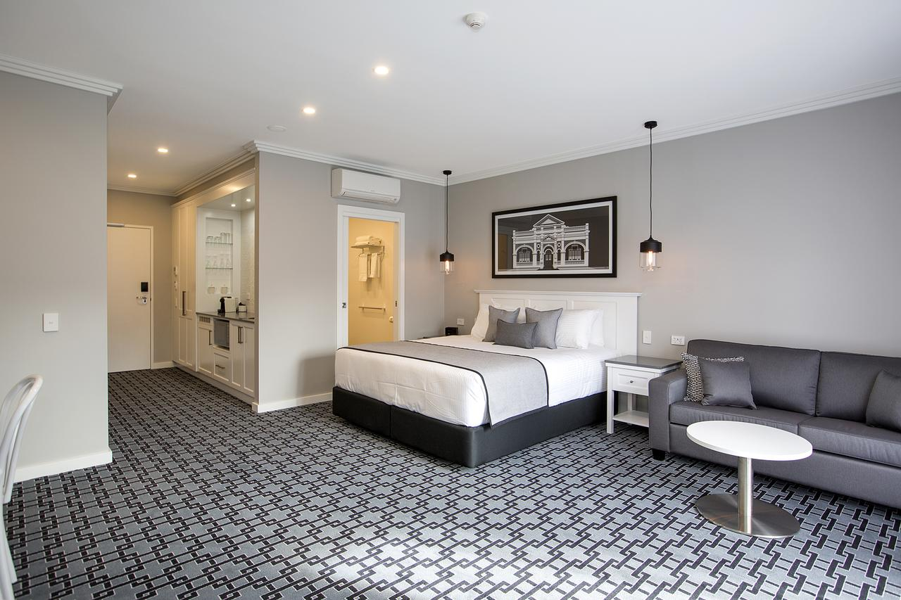 CH Boutique Hotel - St Kilda Accommodation