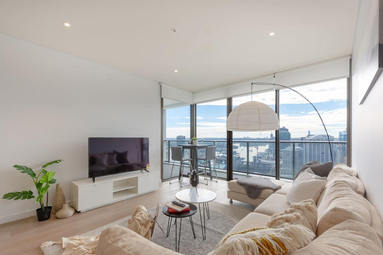 High Rise apt in Heart of Sydney wt Harbour View - St Kilda Accommodation