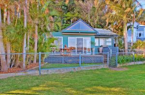 Swan Bay Hideaway - St Kilda Accommodation