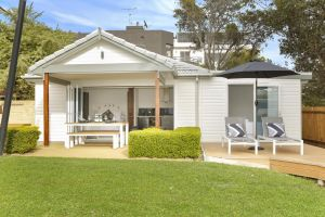The Beach House North Wollongong - St Kilda Accommodation