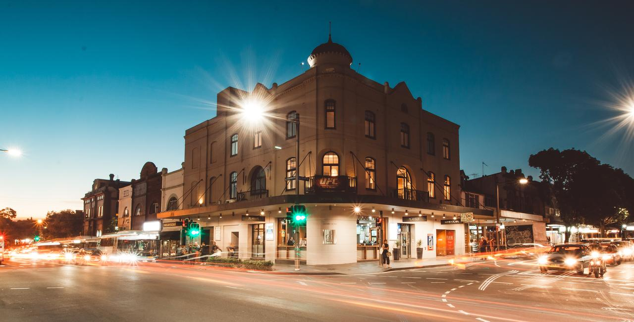 Crown Hotel Surry Hills - St Kilda Accommodation
