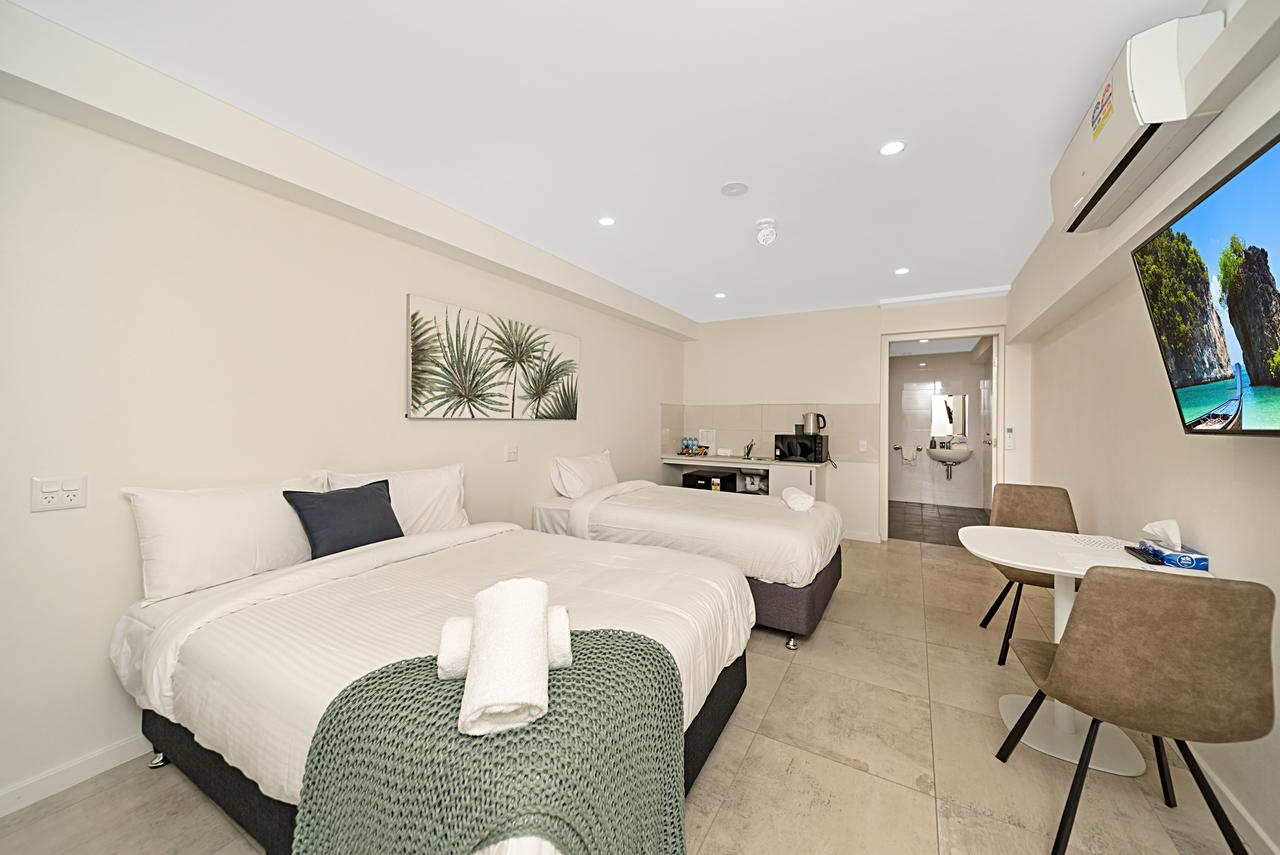 Carlton Suites - St Kilda Accommodation