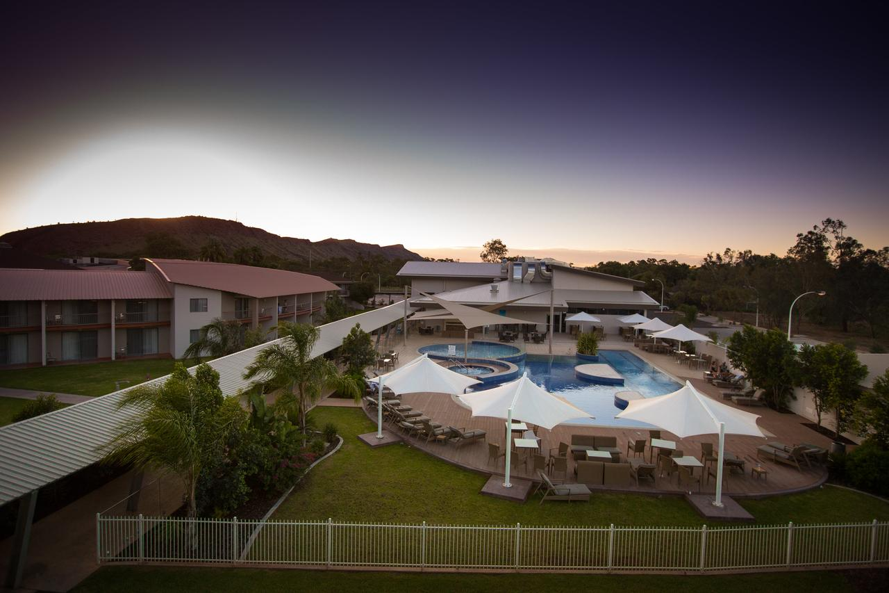 Crowne Plaza Alice Springs Lasseters - St Kilda Accommodation