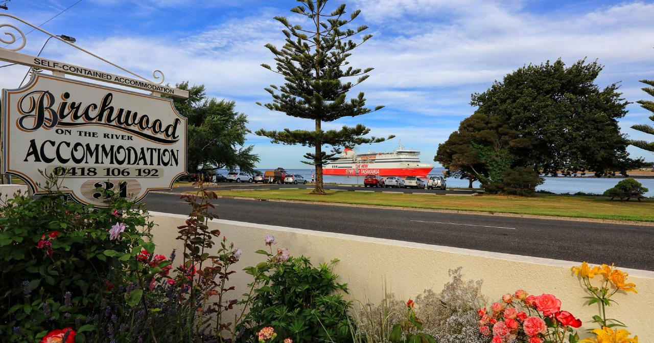 Birchwood Devonport self-contained self catering accommodation - St Kilda Accommodation