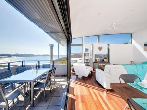 One Mile Cl Townhouse 22 26 The Deckhouse - St Kilda Accommodation