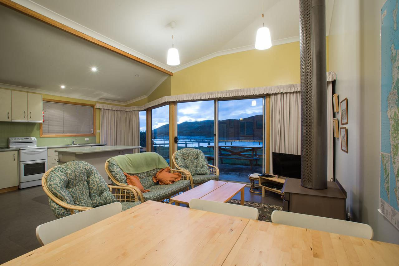 Arthur Riverfront and Sea Lodge downstream - St Kilda Accommodation