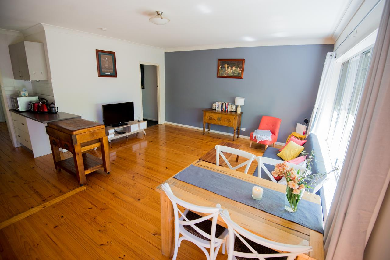 Flora Hill Creek Views - St Kilda Accommodation