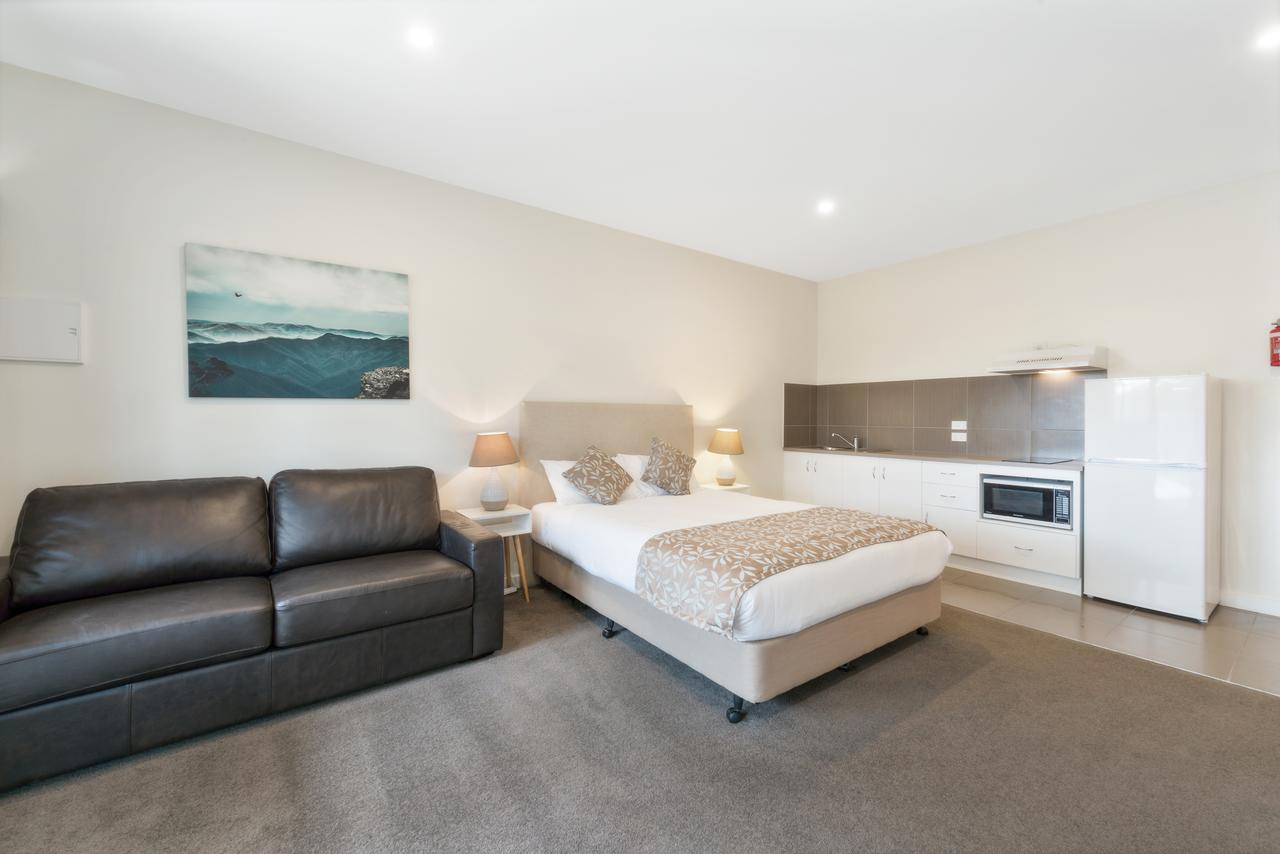 High Country Holiday Park - St Kilda Accommodation