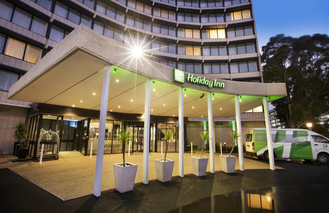 Holiday Inn Melbourne Airport - St Kilda Accommodation
