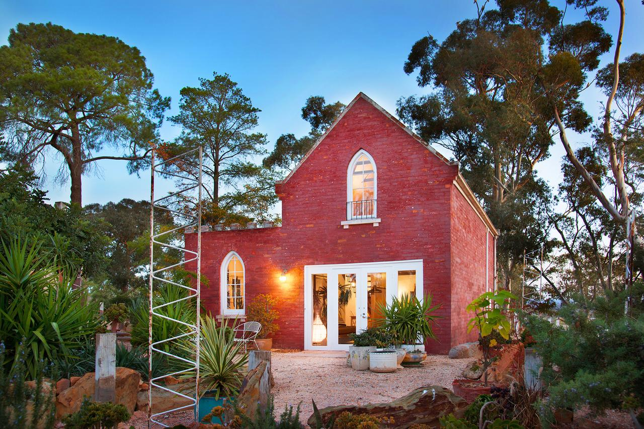 bebe castlemaine - St Kilda Accommodation